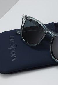 Le Specs - NO BIGGIE - Solglasögon - smoke - 2