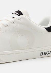 Ecoalf - SANDFORD  - Sneakers laag - white - 5