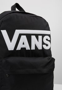 Vans - OLD SKOOL  - Rucksack - black/white - 7