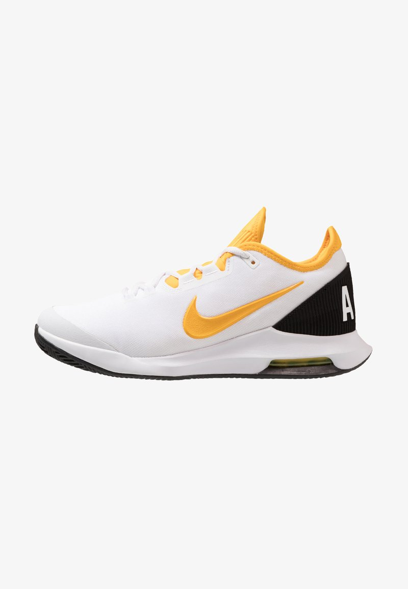 Nike Performance - COURT AIR MAX WILDCARD CLAY - Clay court tennis shoes - white/university gold/black