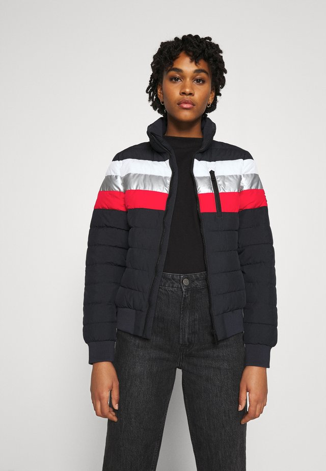 COLOURBLOCK FUJI  - Winter jacket - nautical navy