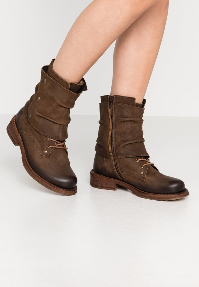 COOPER - Bottines à lacets - morat cobre
