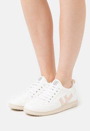 VEGAN ROLAND  - Sneakers basse - white/vanilla/ivory