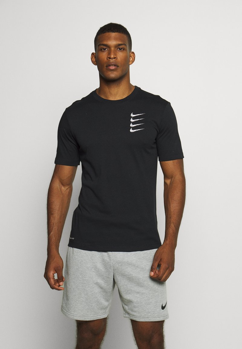 Nike Performance - TEE PROJECT  - T-shirt med print - black