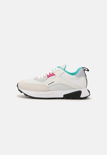 S-TYCHE - Trainers - white