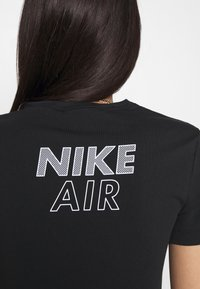 Nike Sportswear - AIR CROP - Triko spotiskem - black/white - 4