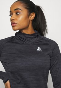 ODLO - HOODY MIDLAYER MILLENNIUM ELEMENT - Long sleeved top - black - 4