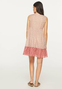 OYSHO - PINK INDIAN FLORAL COTTON NIGHTDRESS - Day dress - coral - 1