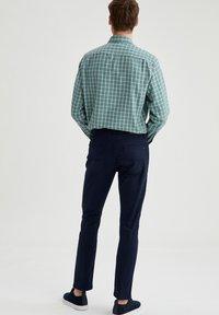 DeFacto - Slim fit jeans - navy - 2