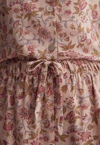 OYSHO - Pyjamahousut/-shortsit - rose - 5