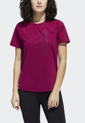 TECH BOS TEE - Print T-shirt - berry