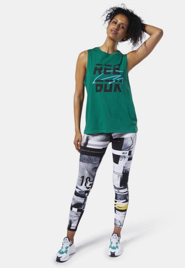 Reebok - MEET YOU THERE REEBOK MUSCLE TANK TOP - Sports shirt - clover green