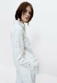 Uterqüe - Button-down blouse - white - 3