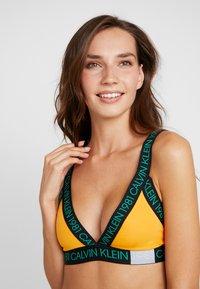 Calvin Klein Underwear - 1981 BOLD UNLINED BRALETTE - Triangle bra - trippy - 3