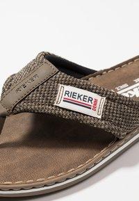 Rieker - T-bar sandals - brasil/fango - 5