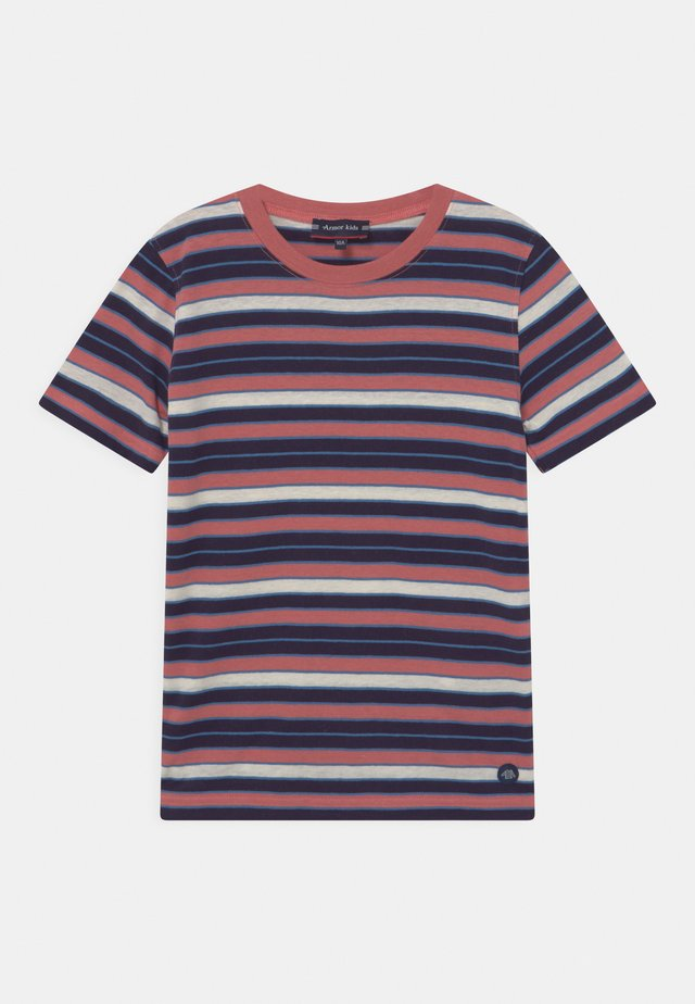UNISEX - T-shirts med print - rosewood/navire/ozero/nature