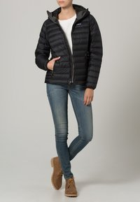 Patagonia - Down jacket - black - 0