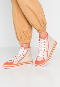 Scotch & Soda - MELLI MID LACE SHOE - High-top trainers - fog/grey/corral - 0