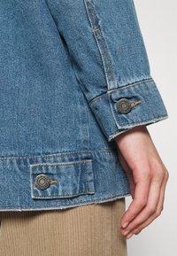 Noisy May - NMFIONA DEST JACKET  - Denim jacket - light blue denim - 5