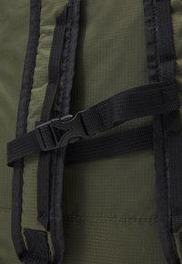 GARMENT PROJECT - LIGHT TOTE  BAG & BACKPACK - Tote bag - army - 4