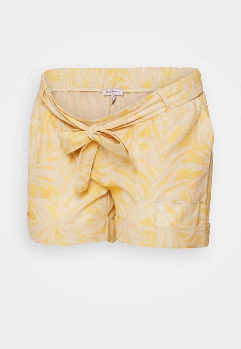 Envie de Fraise - Shorts - white/yellow