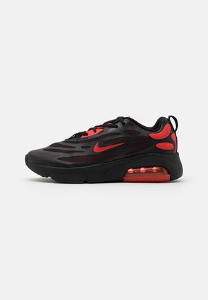 AIR MAX EXOSENSE - Sneakers laag - black/chile red