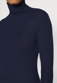 Selected Femme - SLFCOSTA ROLLNECK - Jumper - maritime blue - 5