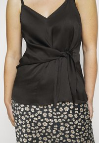 Simply Be - KNOT FRONT HAMMERED - Top - black - 5
