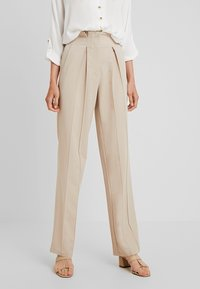 YAS Tall - YASWELLO WIDE PANT VIP - Trousers - oxford tan - 0