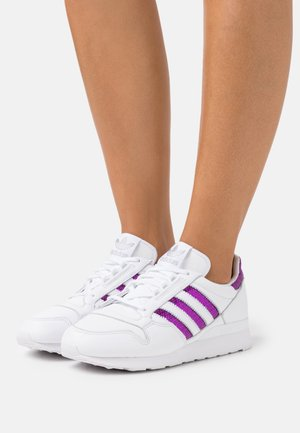 ZX 500  - Baskets basses - footwear white/shock purple