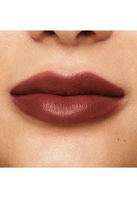 bareMinerals - MINERALIST HYDRA-SMOOTHING LIPSTICK - Lipstick - integrity - 2