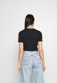 Nike Sportswear - TEE - T-shirt print - black/white - 2
