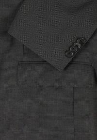 BOSS - JECKSON/LENON - Costume - open grey - 8