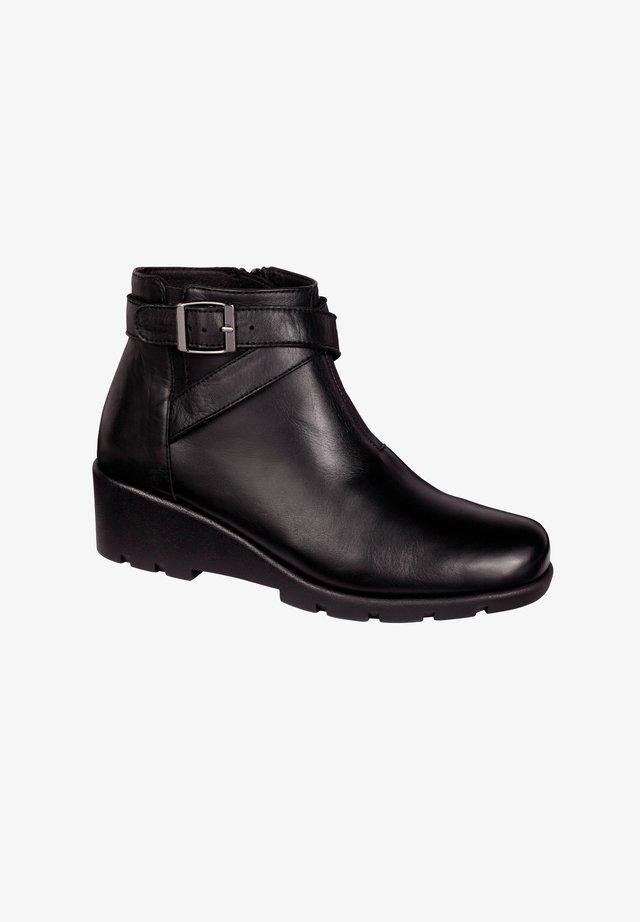 PEYTON - Korte laarzen - schwarz