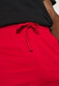 Pier One - 3 PACK - Pyjamasbyxor - black/mottled dark grey/red - 6