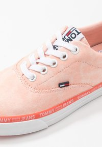 Tommy Jeans - LACE UP - Zapatillas - sweet peach - 2