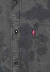 Levi's® - JACKSON WORKER UNISEX - Overhemdblouse - blacks - 6