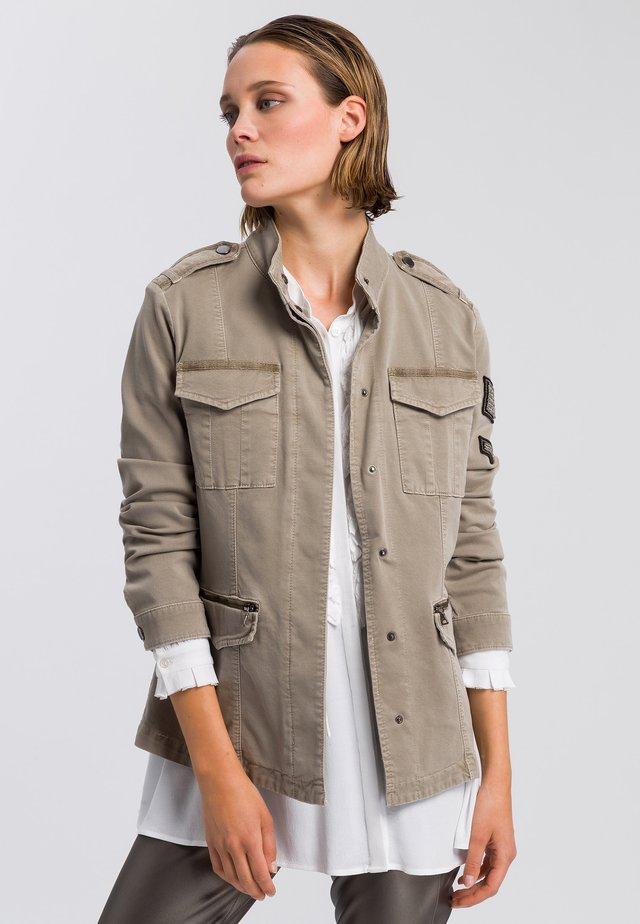Summer jacket - reed varied