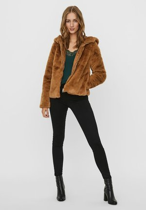 Winter jacket - tobacco brown
