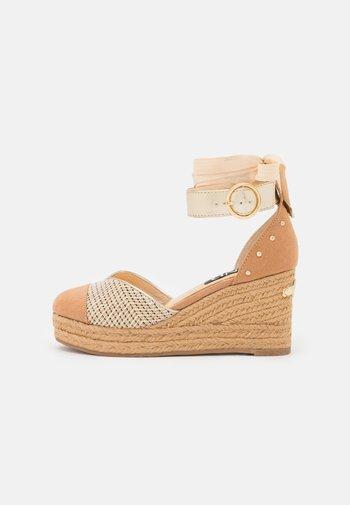 Platform heels - pink  light