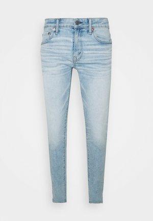 Straight leg jeans - glowing light