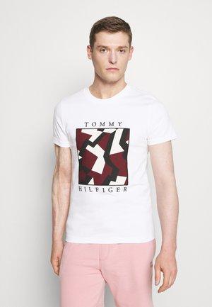 DAZZLE BOX TEE - T-shirt imprimé - white