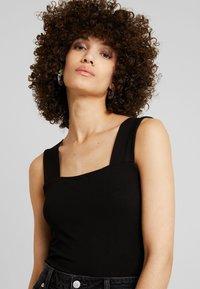 Dorothy Perkins - SQUARE NECK BODYSUIT - Top - black - 4