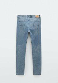 Massimo Dutti - MIT STRUKTURMUSTER - Slim fit jeans - blue/black denim - 5