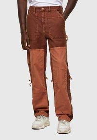 Jean droit - brown