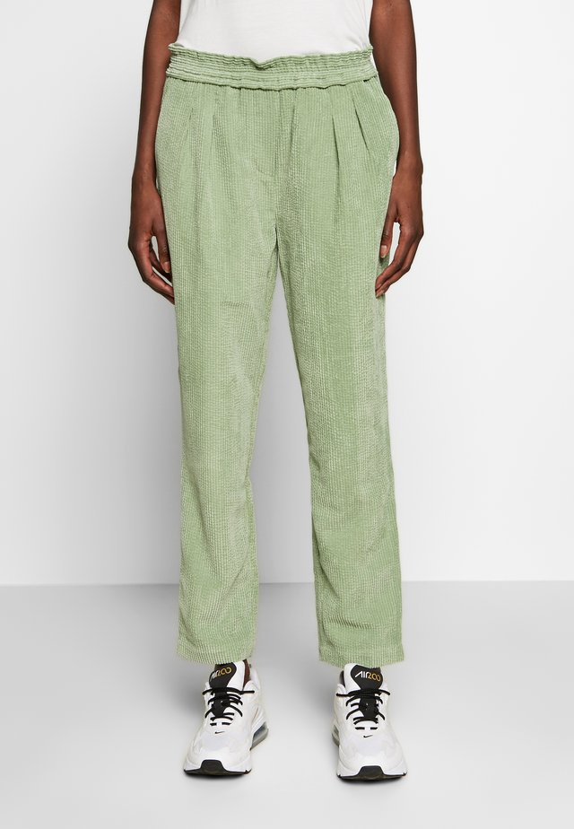 VALKA PANTS - Trousers - comfrey