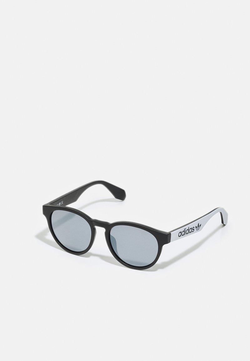 adidas Originals - UNISEX - Sunglasses - matte black/smoke mirror