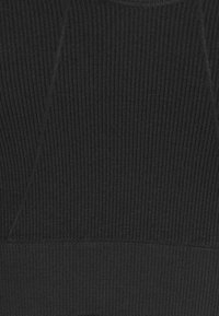 Puma - EVOSTRIPE EVOKNIT V SHAPE - Linne - black - 5