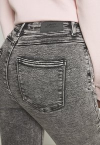 ONLY - ONLMILA ACID - Jeans Skinny Fit - grey denim - 3