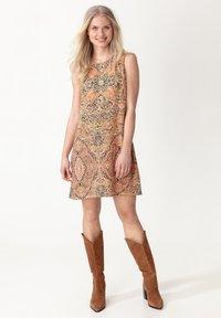 Indiska - Day dress - ltorange - 0